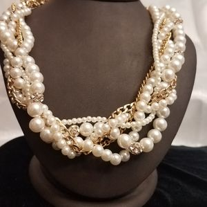 pearl amd gold twisted necklace